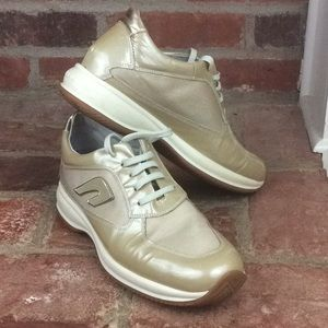 FRAU Gold Mesh Patent Leather Lace Up Comfort Shoe